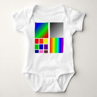 Plataforma del color del bebé remeras