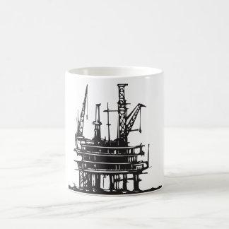 Plataforma petrolera costera taza clásica
