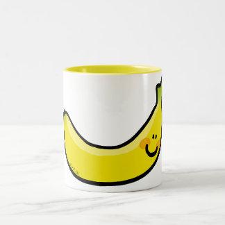Plátano amarillo divertido taza de dos tonos