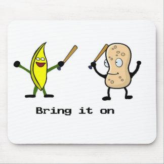 Plátano contra el cacahuete alfombrillas de ratón