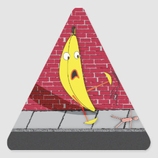 Plátano que se desliza en un pegatina de la