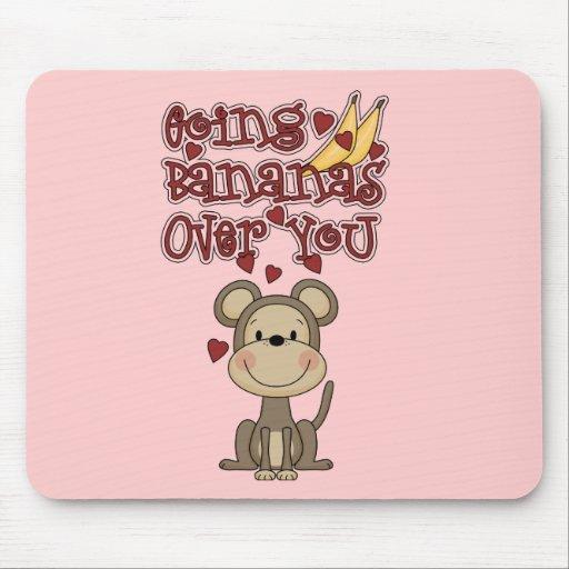 Plátanos del mono sobre usted camisetas y regalos tapete de raton