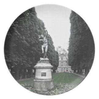 Plate - Jardin du Luxembourg, Paris, France