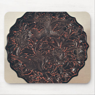 Plate with floral motifs and two birds mouse pad