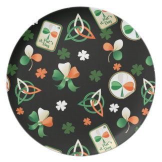 Plate  with shamrock patterns