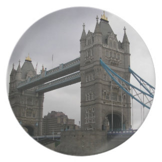 Plate with Tower Bridge over the Thames River