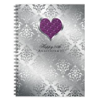 Platee el 25to libro de visitas del aniversario de notebook