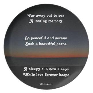 Platee un poema soñoliento de los sueños de Sun po Plato De Comida