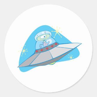 Platillo volante y Martian retros Pegatina Redonda