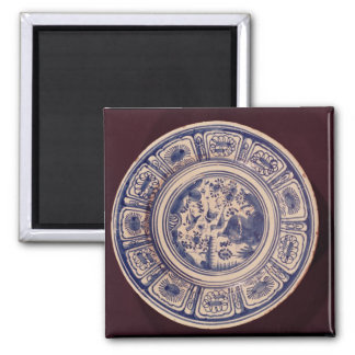 Plato azul, derivando de una última exportación de iman para frigorífico
