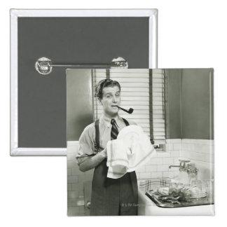 Platos que se lavan del hombre pin