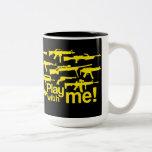Play with me! mug - black-yellow