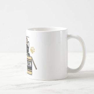 Play with the gummed cloth tape the cardboard (bro coffee mug