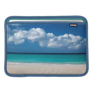 Playa arenosa blanca en la playa de Eagle Funda Para Macbook Air