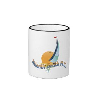 Playa atlántica tazas de café