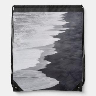 Playa blanco y negro escénica mochilas