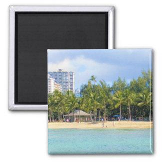 Playa de Kuhio en Waikiki, Oahu, Hawaii Imán Cuadrado