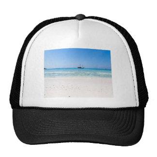 Playa de la arena de Similan y mar blancos de las Gorra