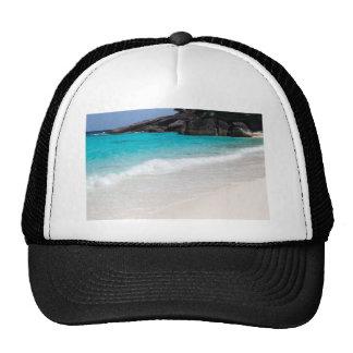 Playa de la arena de Similan y mar blancos de las Gorro De Camionero