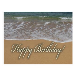 Playa de la arena del feliz cumpleaños postales