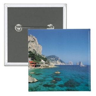 Playa de la costa de mar Mediterráneo de Italia Pins