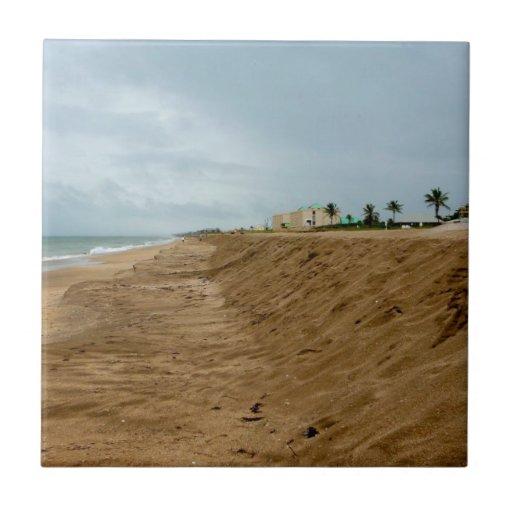 Playa de la Florida al sur vacía antes de tormenta Azulejo Cuadrado Pequeño
