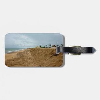 Playa de la Florida al sur vacía antes de tormenta Etiquetas Maletas