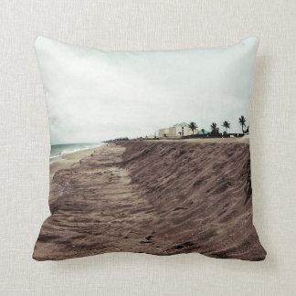 Playa de la Florida al sur vacía antes de vintage  Cojin