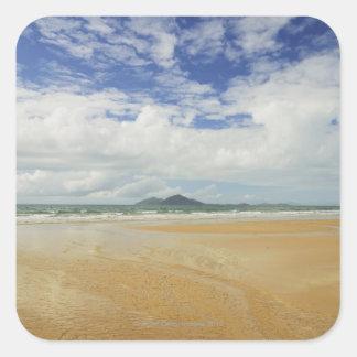 Playa de la misión e isla 2 de la clavada pegatina cuadradas personalizadas