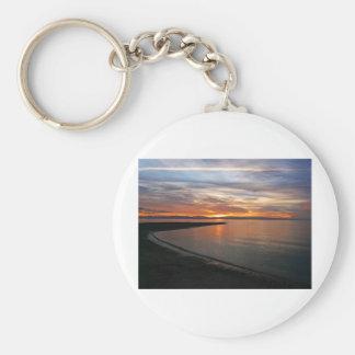Playa de la puesta del sol llavero redondo tipo pin