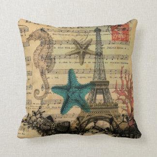 playa de los seashells de la torre Eiffel de París Cojines