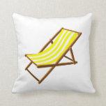 playa de madera rayada amarilla y blanca chair.png cojines
