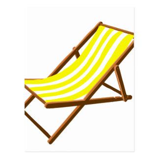 playa de madera rayada amarilla y blanca chair.png tarjetas postales
