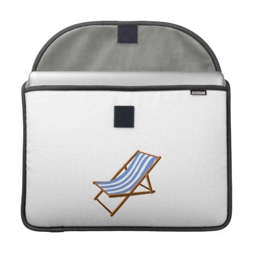 playa de madera rayada chair.png del cornflower funda para macbooks