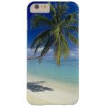 Playa de Matira en la isla de Bora Bora, sociedad Funda De iPhone 6 Plus Barely There