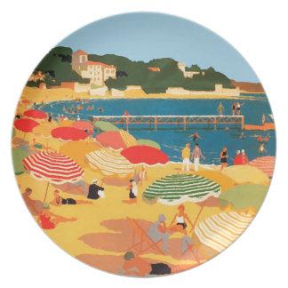 Playa de riviera francesa del vintage platos de comidas