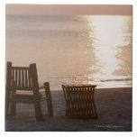 Playa de Sandy de la puesta del sol 2 Azulejo Cuadrado Grande