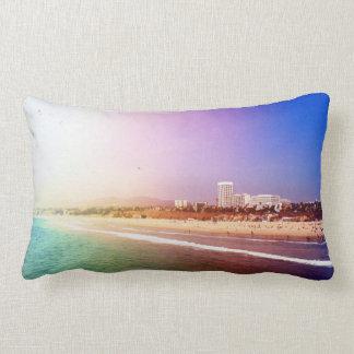 Playa de Santa Mónica - la foto púrpura verde Cojín