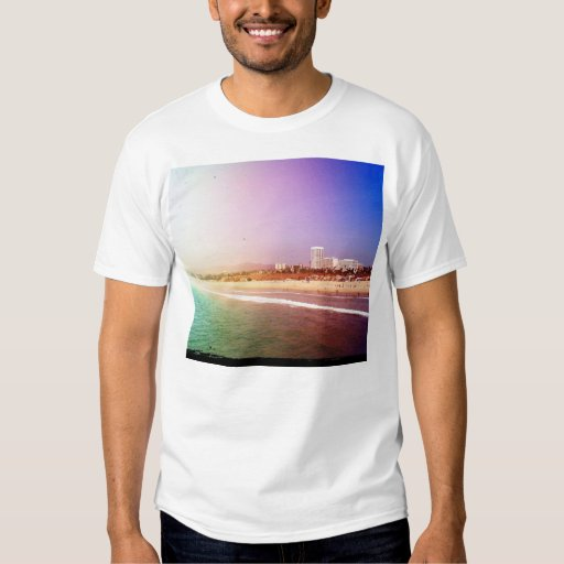 Playa de Santa Mónica - la foto púrpura verde Playera