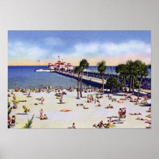 Playa del balneario de St Petersburg la Florida y  Póster