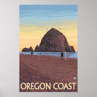 Playa del cañón, Oregon - roca del Haystack Póster