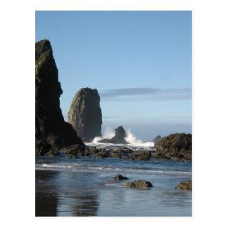 Playa del cañón y papel de embalaje de la roca del postal