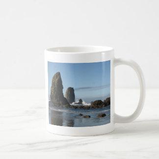 Playa del cañón y papel de embalaje de la roca del taza