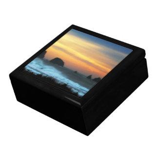 Playa del empuje del La en el crepúsculo Caja De Recuerdo