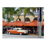 Playa del sur la Florida del coche del vintage Postal