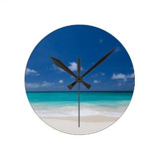 Playa del verano reloj de pared