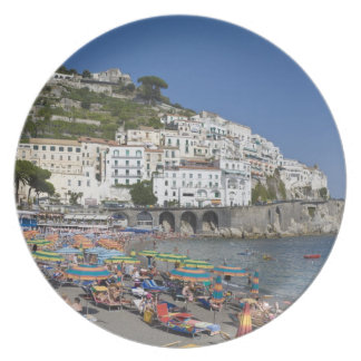 Playa en Amalfi, Campania, Italia Platos