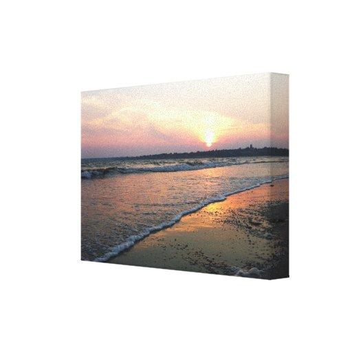 Playa en la puesta del sol lienzo envuelto para galerías