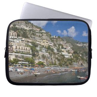 Playa en Positano, Campania, Italia Fundas Portátiles