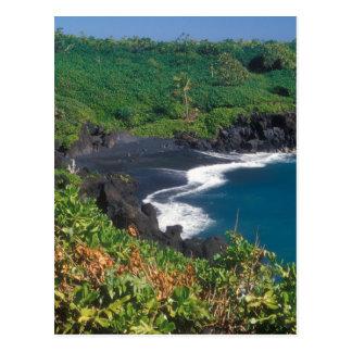 Playa negra Maui Hawaii de la arena de Hana Tarjetas Postales